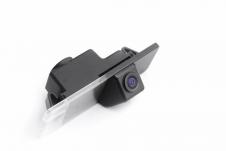 Автомобильная камера заднего вида вместо штатной подсветки номера с парковочными