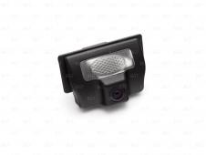 Автомобильная камера в штатное место заднего вида для Nissan Bluebird Sylphy II