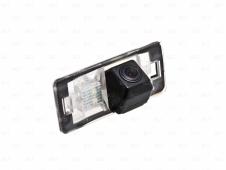 Автомобильная камера в штатное место заднего вида для Volkswagen Passat B7 Varia